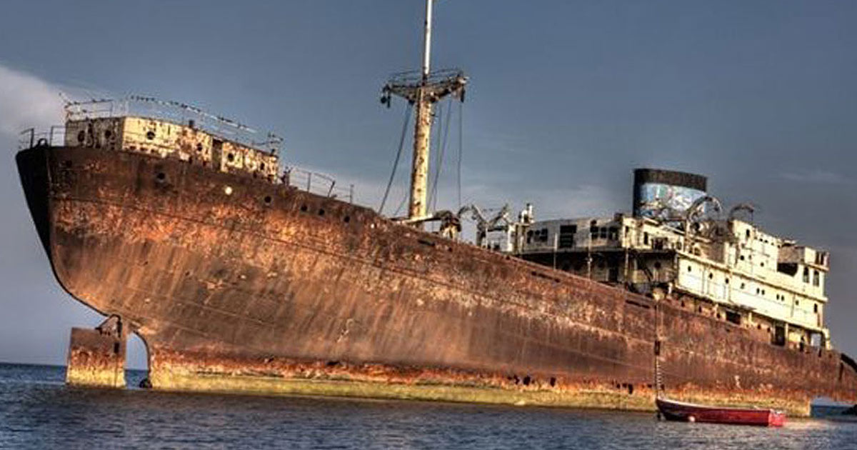 90 Years Later, Ship Sucked By Bermuda Triangle Reappears