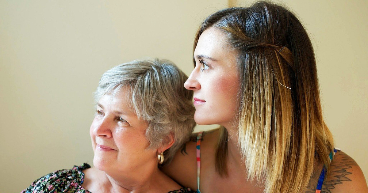 Go Spend Some Time With Mom! You'll Help Her To Live Longer