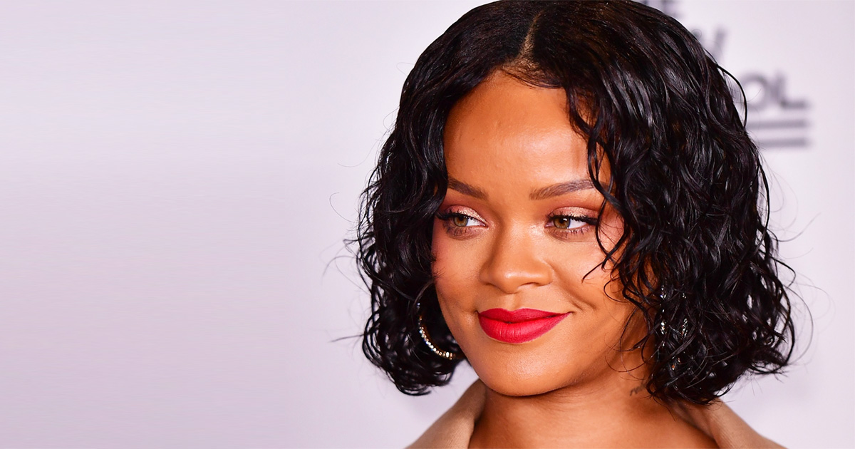 Rihanna Might Have Gotten Herself Pregnant By A Billionaire