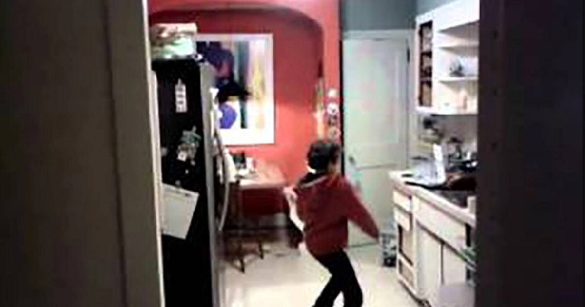 Dad Catches His Son Dancing As He Does The Dishes, The Footage Is Hilarious!